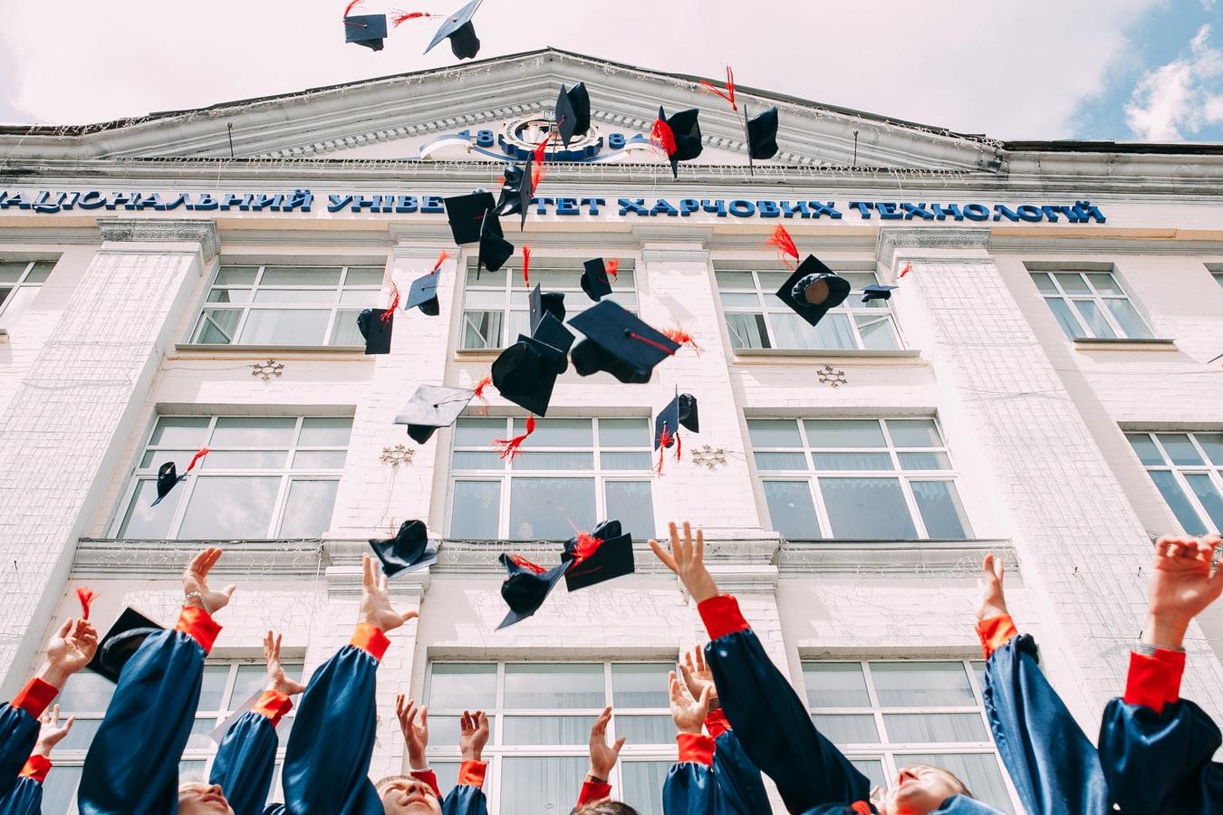 Unterstützung, um eine Bachelorarbeit schreiben zu lassen